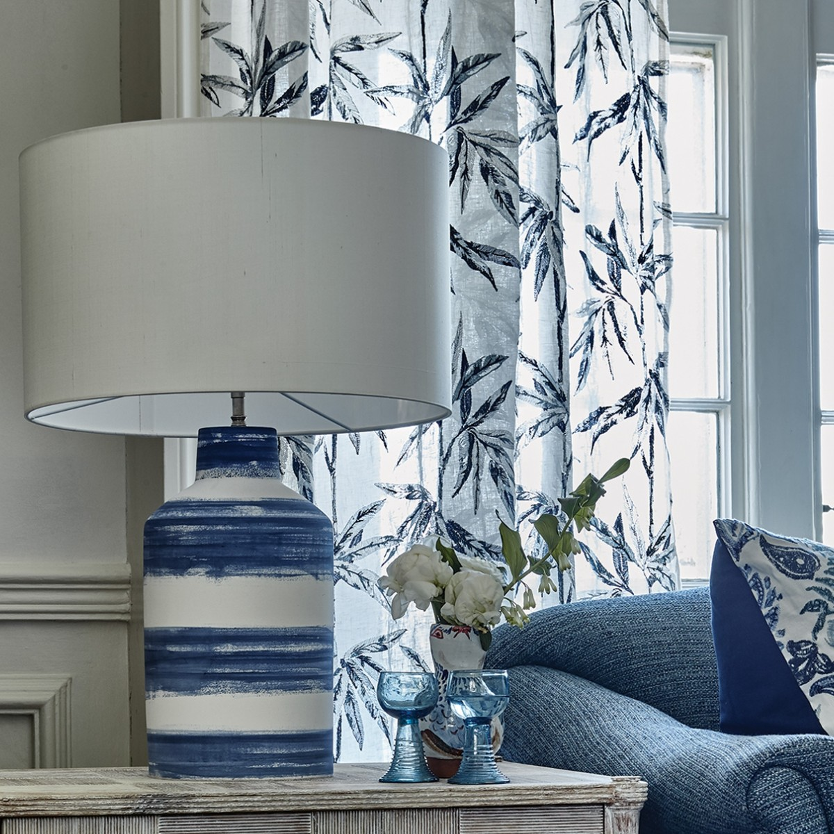 William Yeoward   Annuziata Table Lamp New Indigo