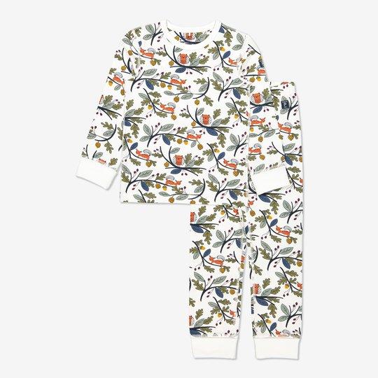 Todelt pyjamas med eikenøtt-trykk hvit
