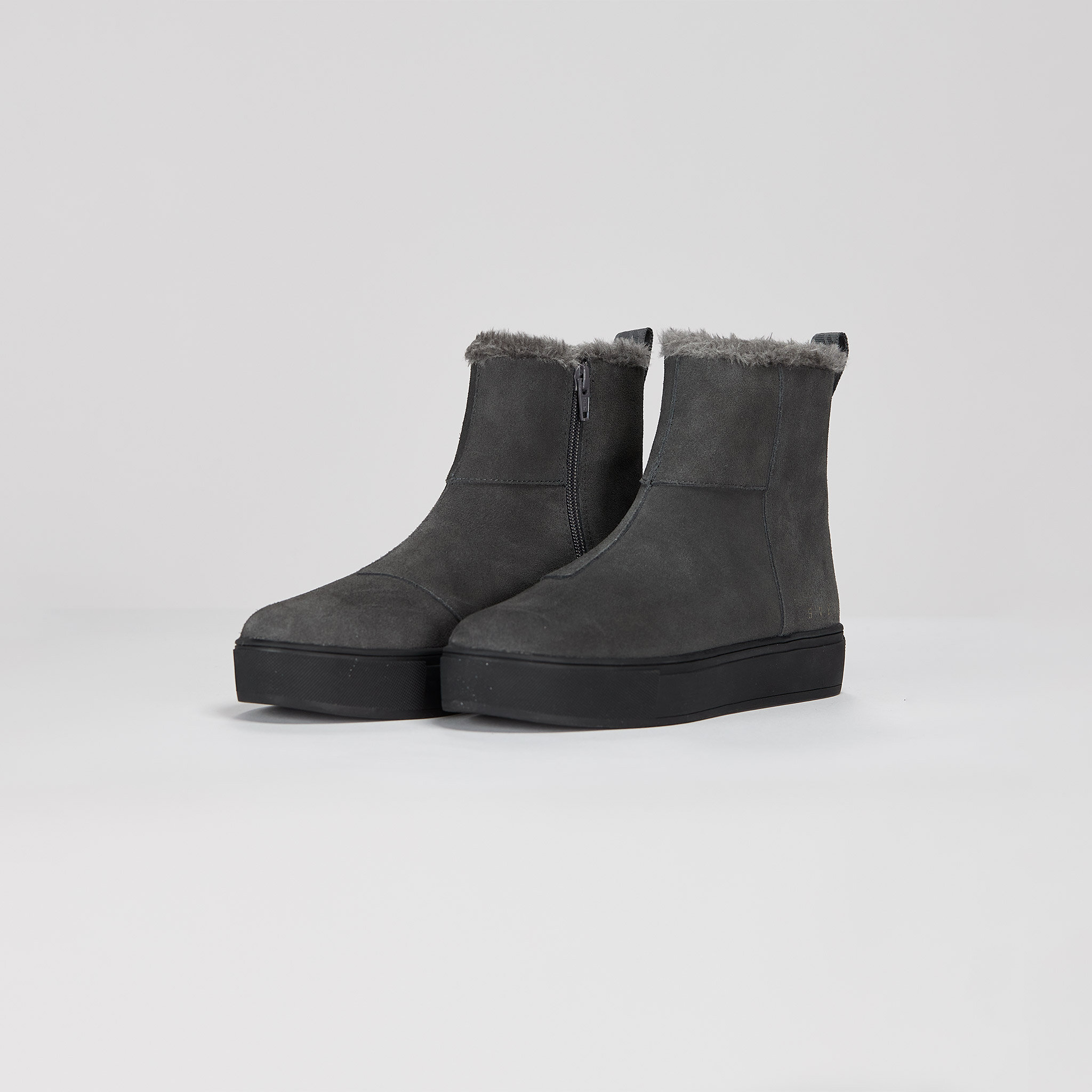Suede / Pile Boots
