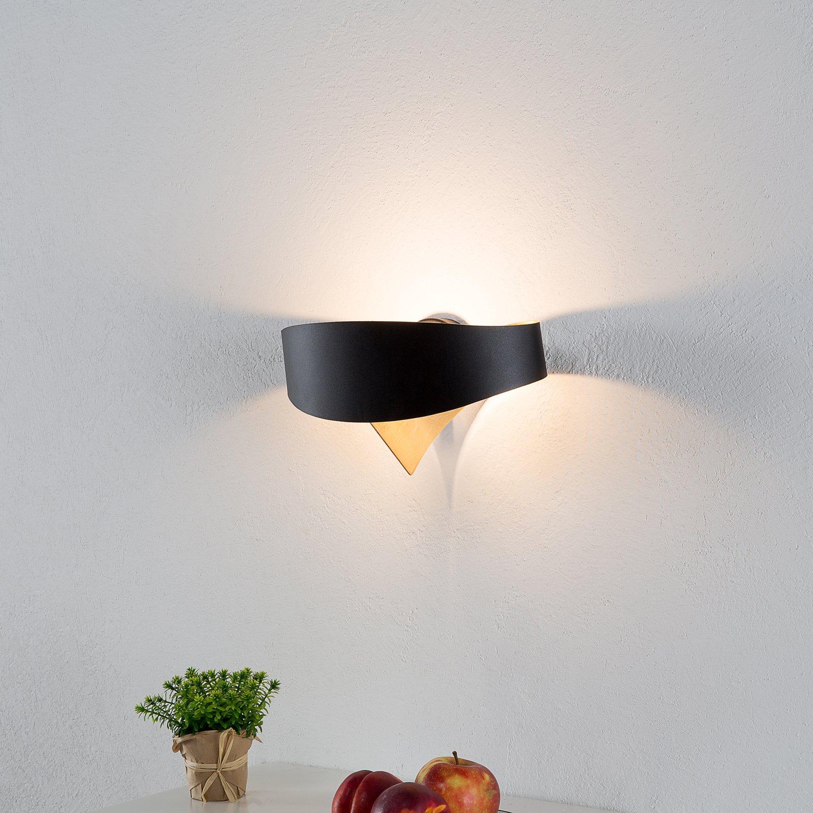 Svart, gyllen designtaklampe Scudo LED