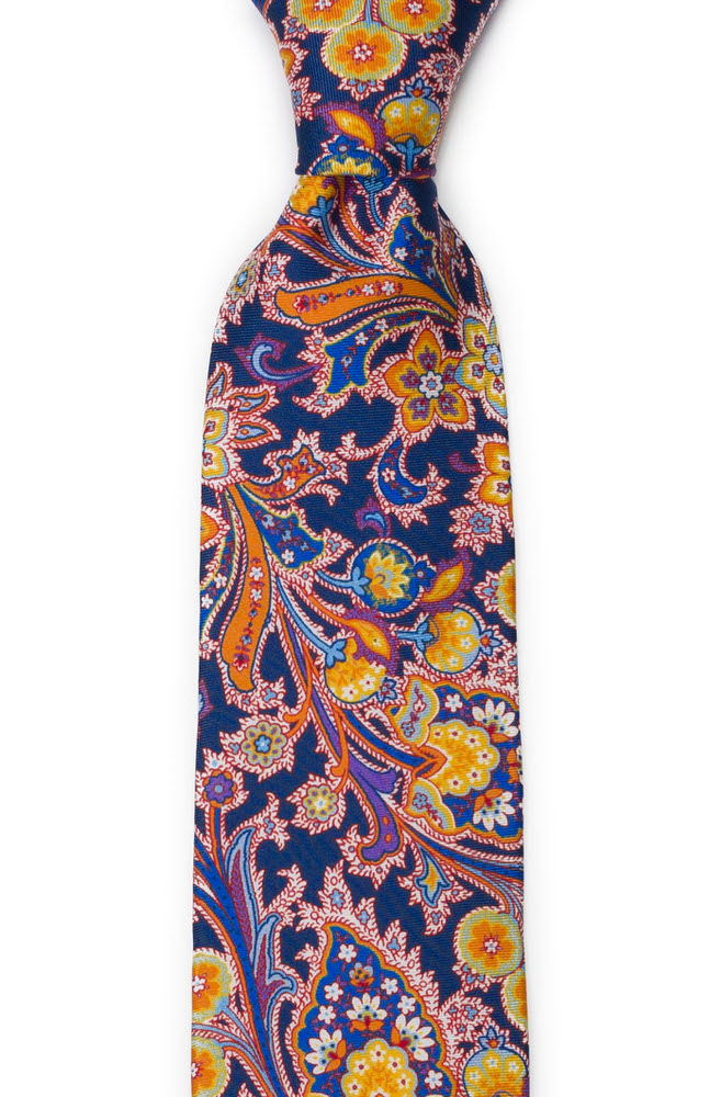 Silke Slips, Surrealistiske, flerfargete blomster på oransje