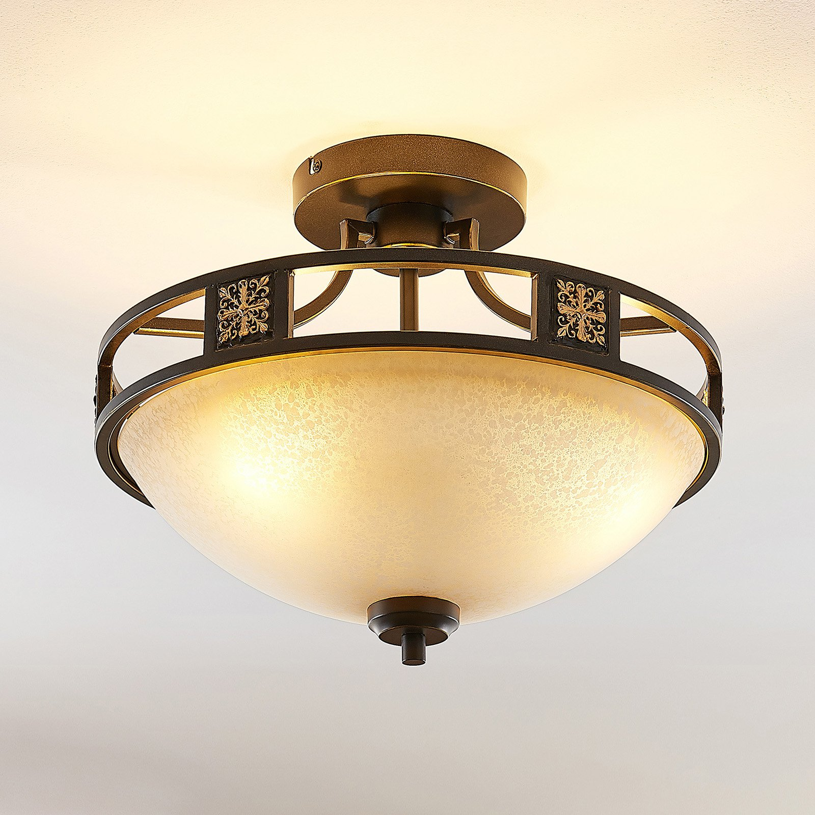 Lindby Ferre glass-taklampe i rust-utseende