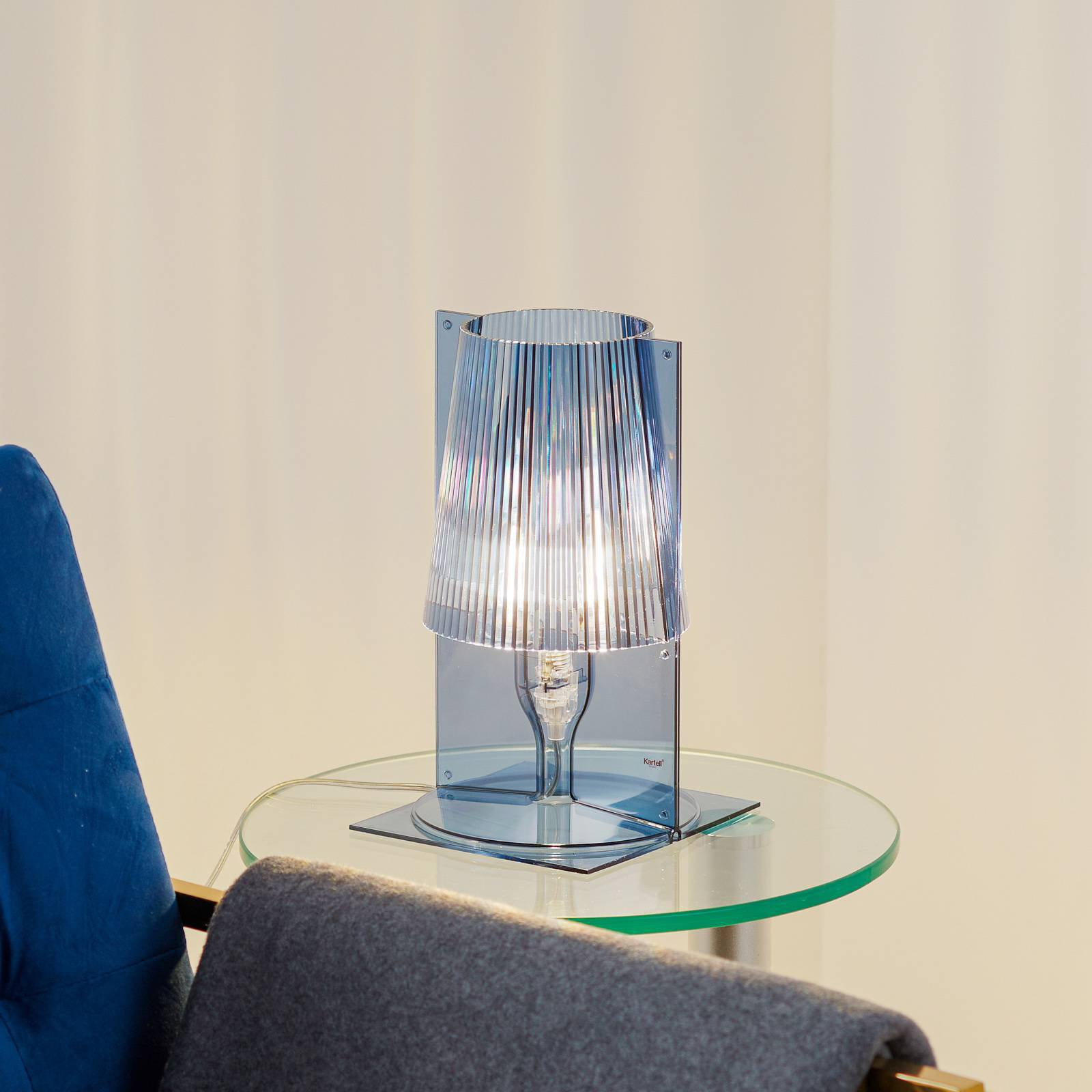 Kartell Take bordlampe, lyseblå