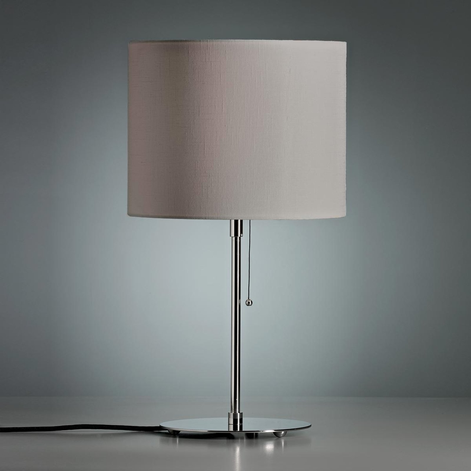 Bordlampe med farget linskjerm grå
