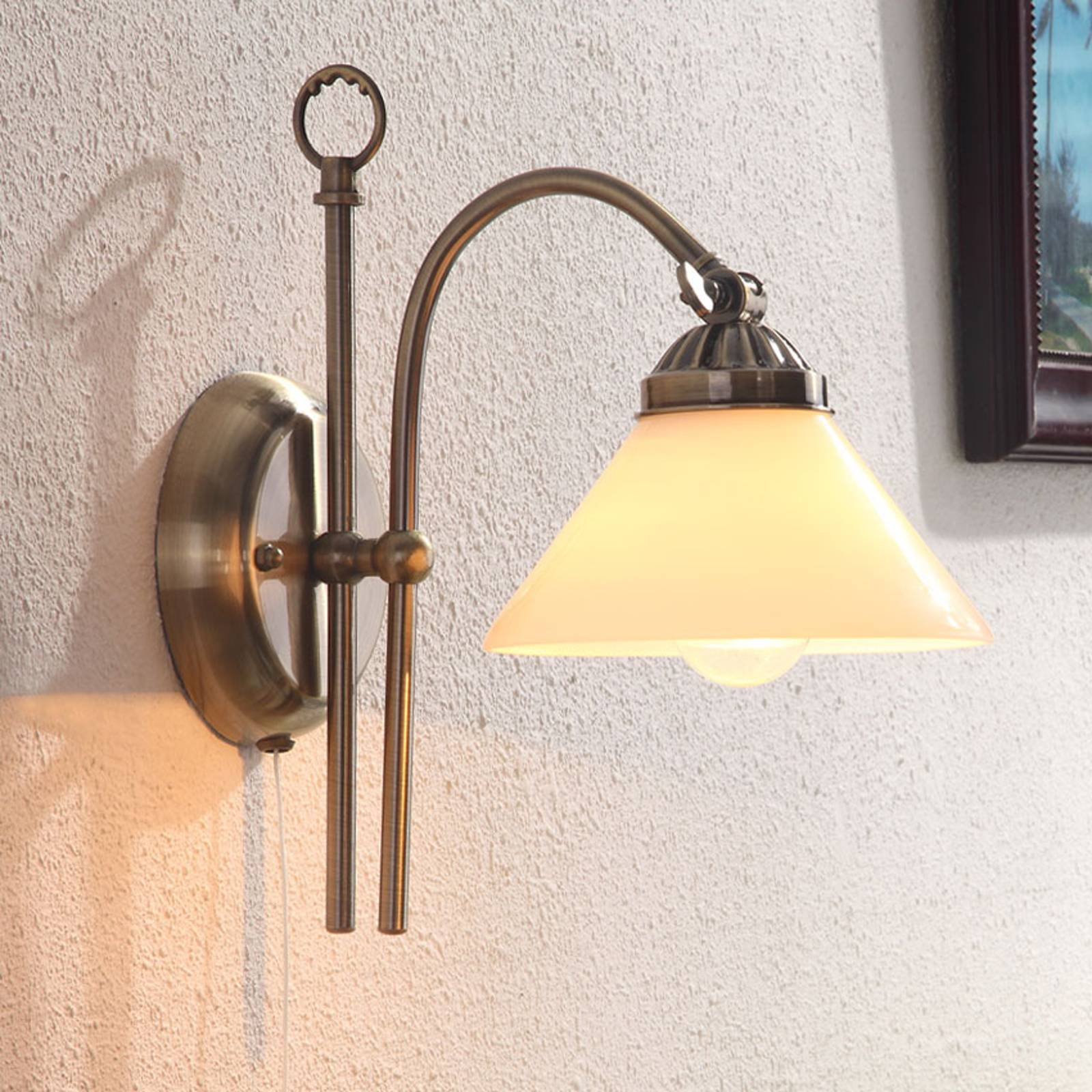 Vegglampe Otis med antikk virkning