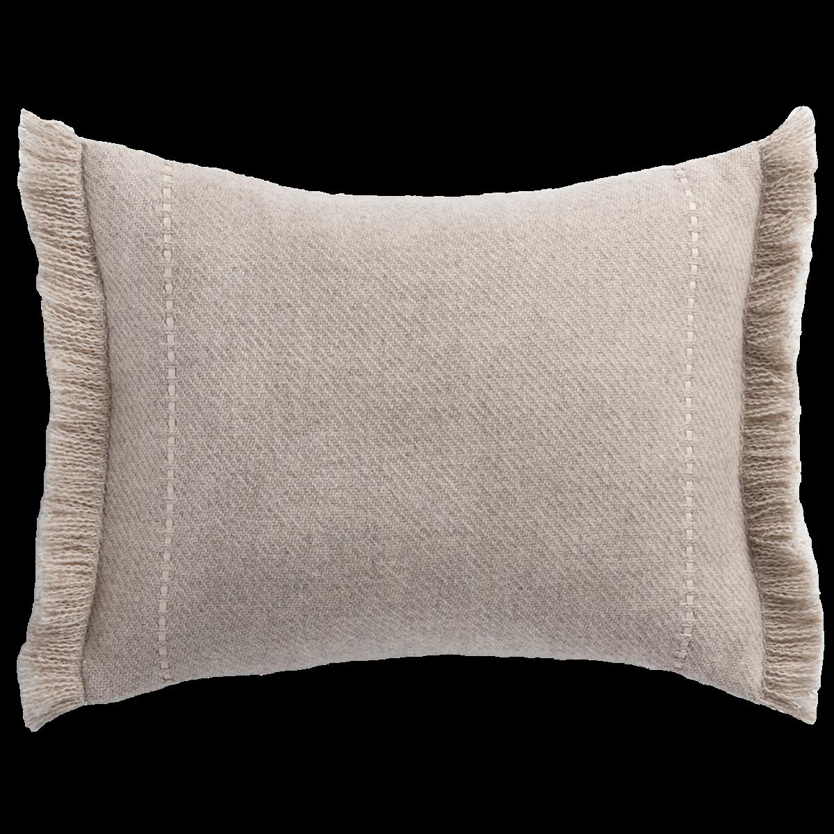 de Le Cuona | Cashmere Wool Twill Cushion With Fringe Taupe