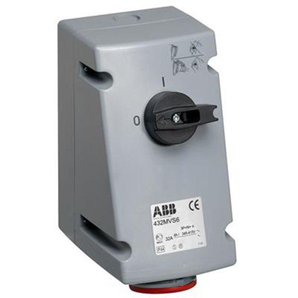 ABB 2CMA167709R1000 Seinäpistorasia IP44, 4P+J, 400 V 32 A