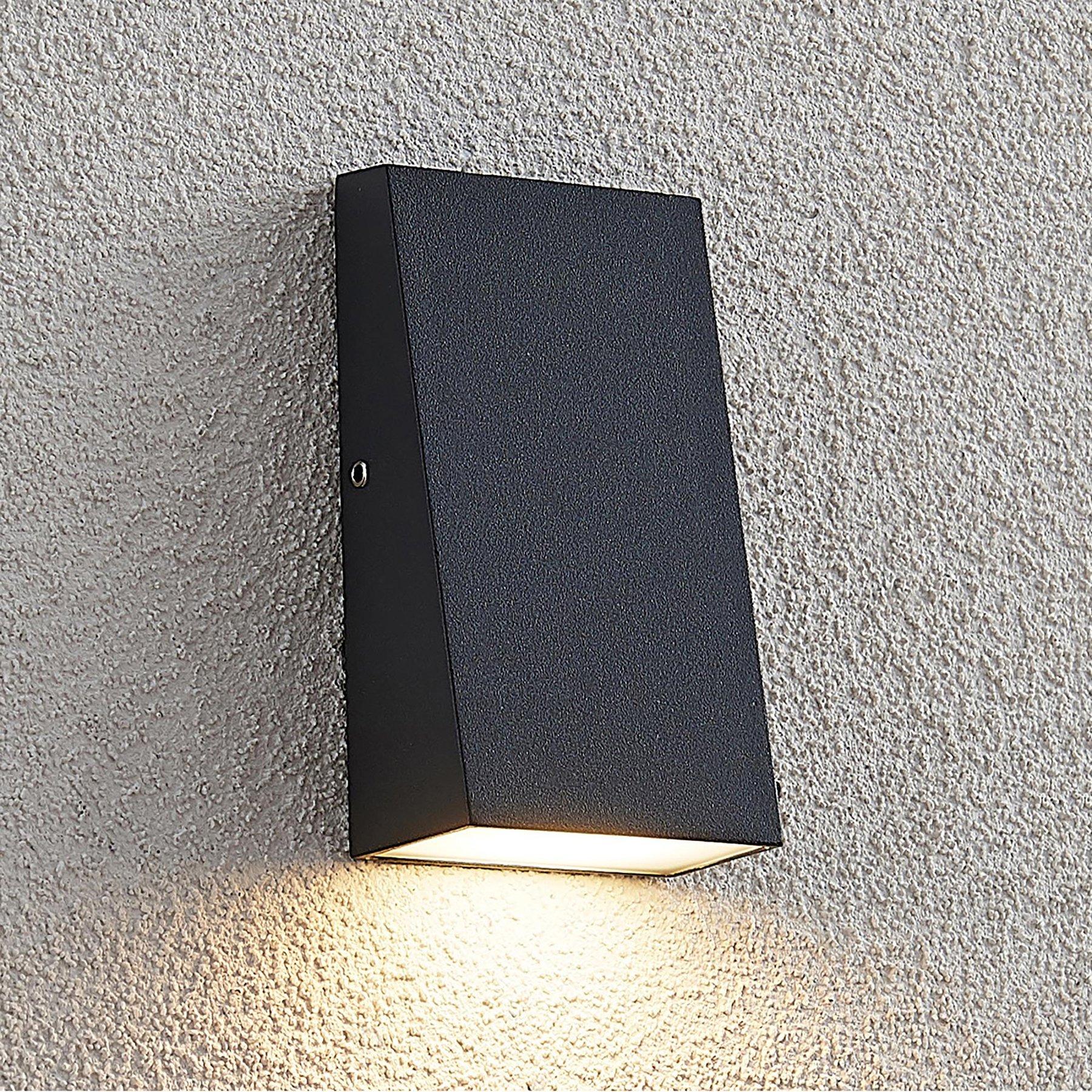 Lucande Kyle utendørs LED-vegglampe, IP54