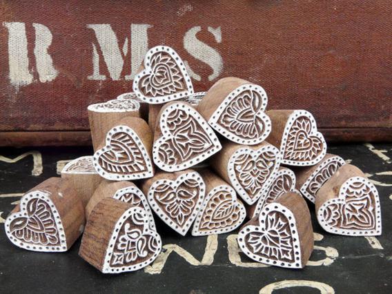 Small Wooden Love Heart Block na Small