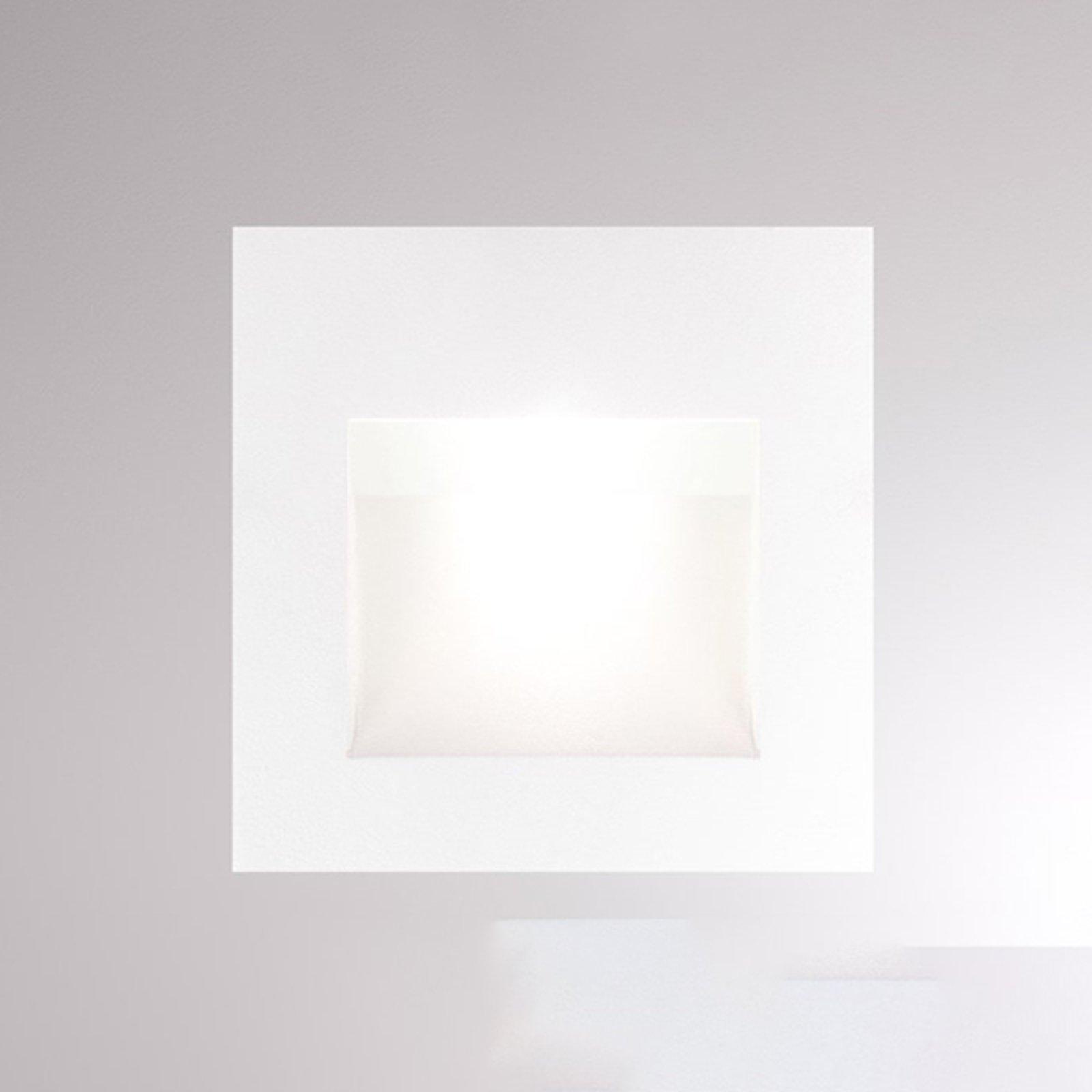 Pan innfelt LED-vegglampe, hvit