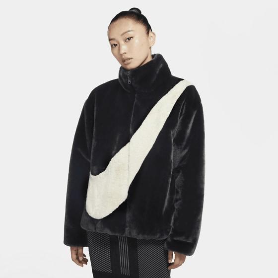 Nike W Nsw Jkt Faux Fur Jackor BLACK/FOSSIL