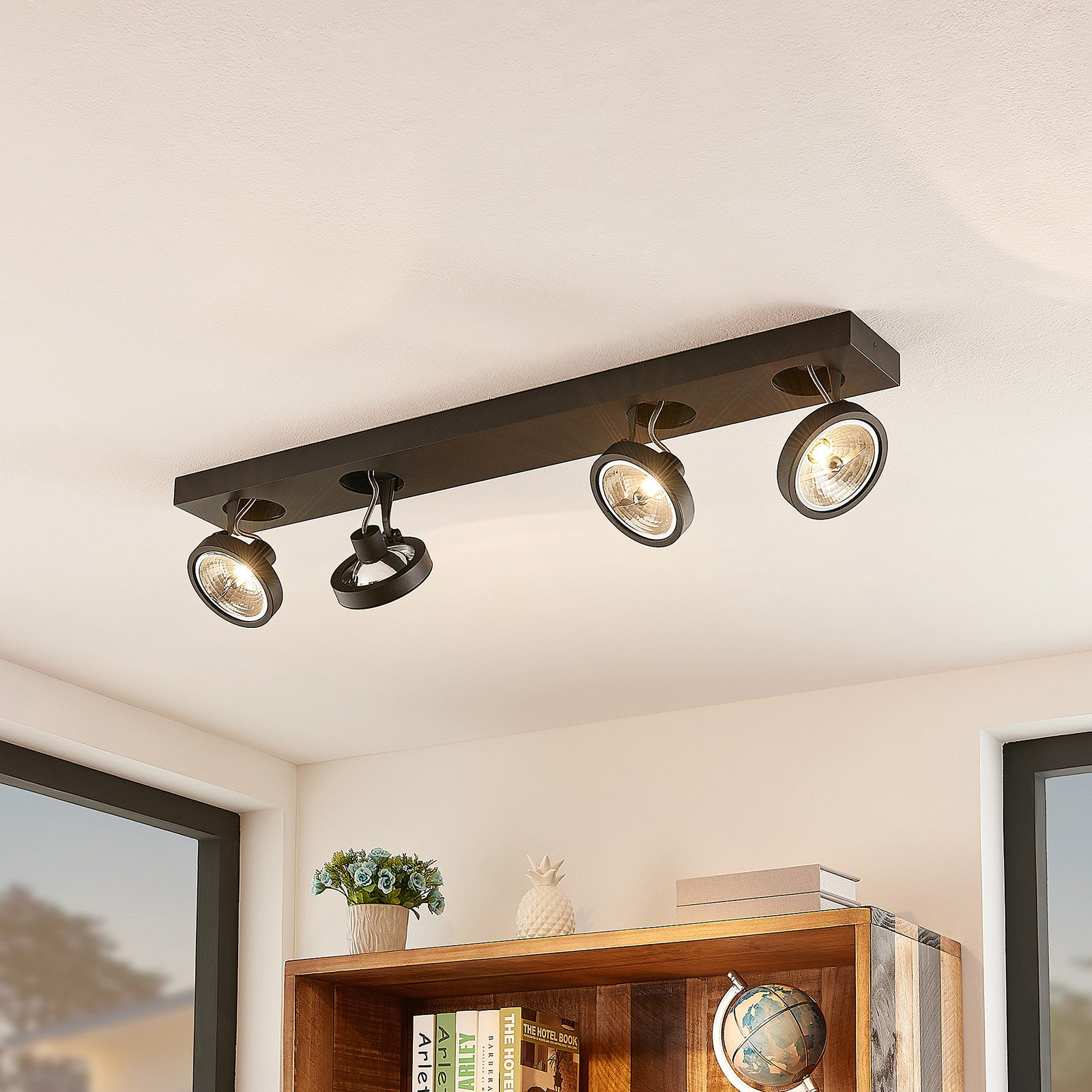 Arcchio Jorvin-taklampe, fire lyskilder, svart