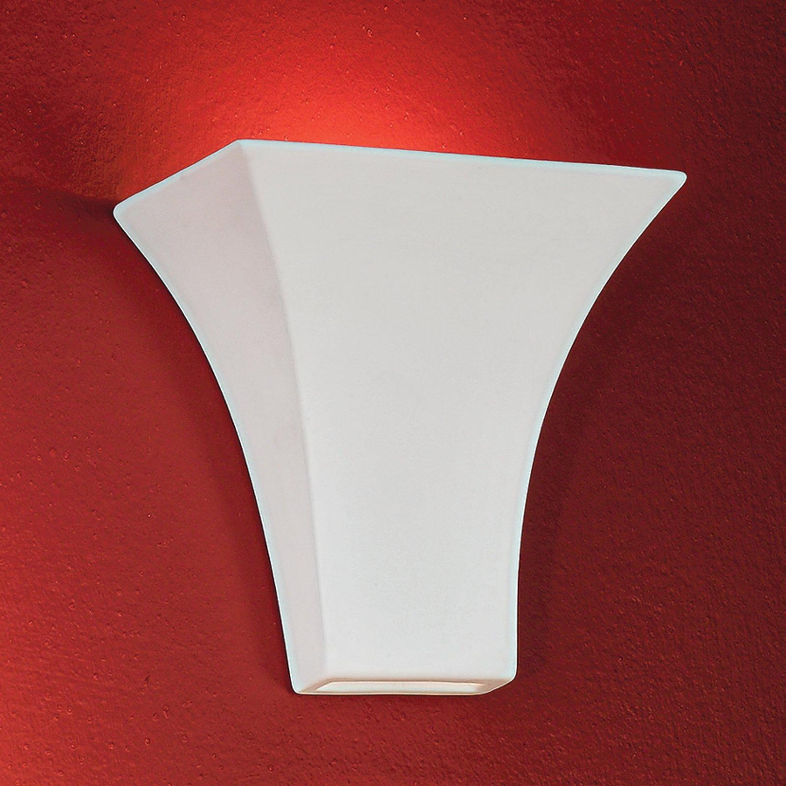 Elegant kantet ANTOINE vegglampe i hvitt
