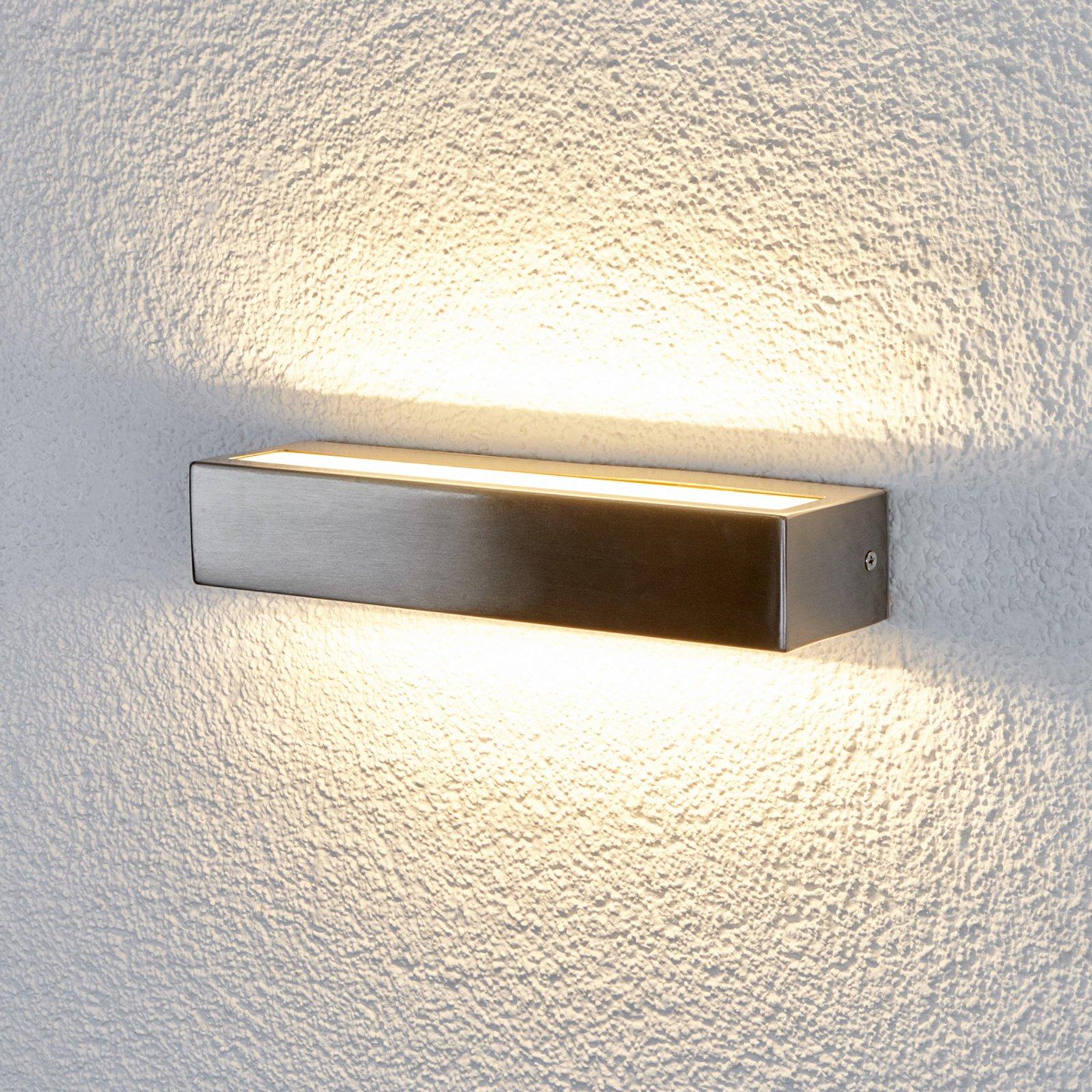 Attraktiv LED-vegglampe Jagoda til utebruk