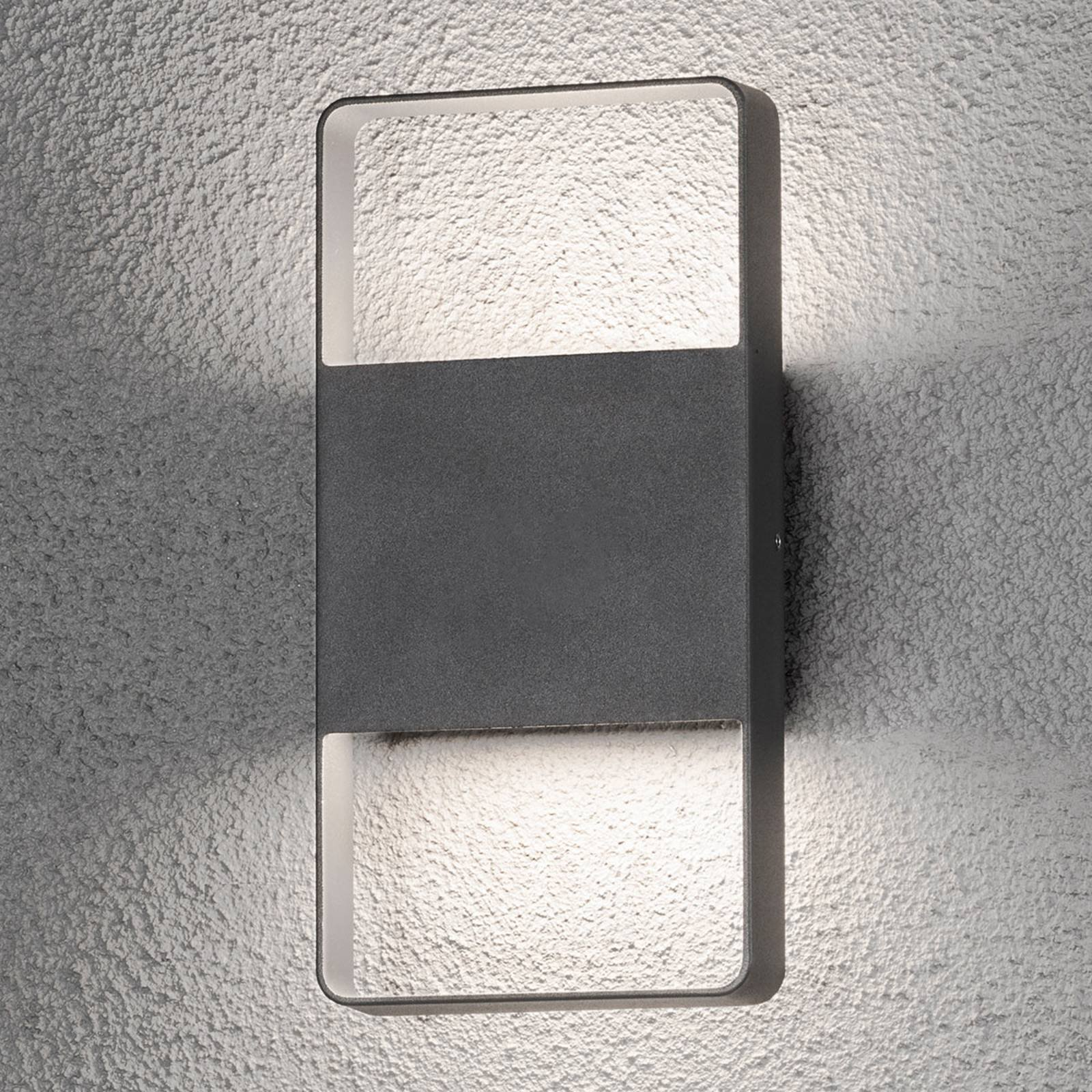 Tosidig lysende utendørs LED-vegglampe Matera