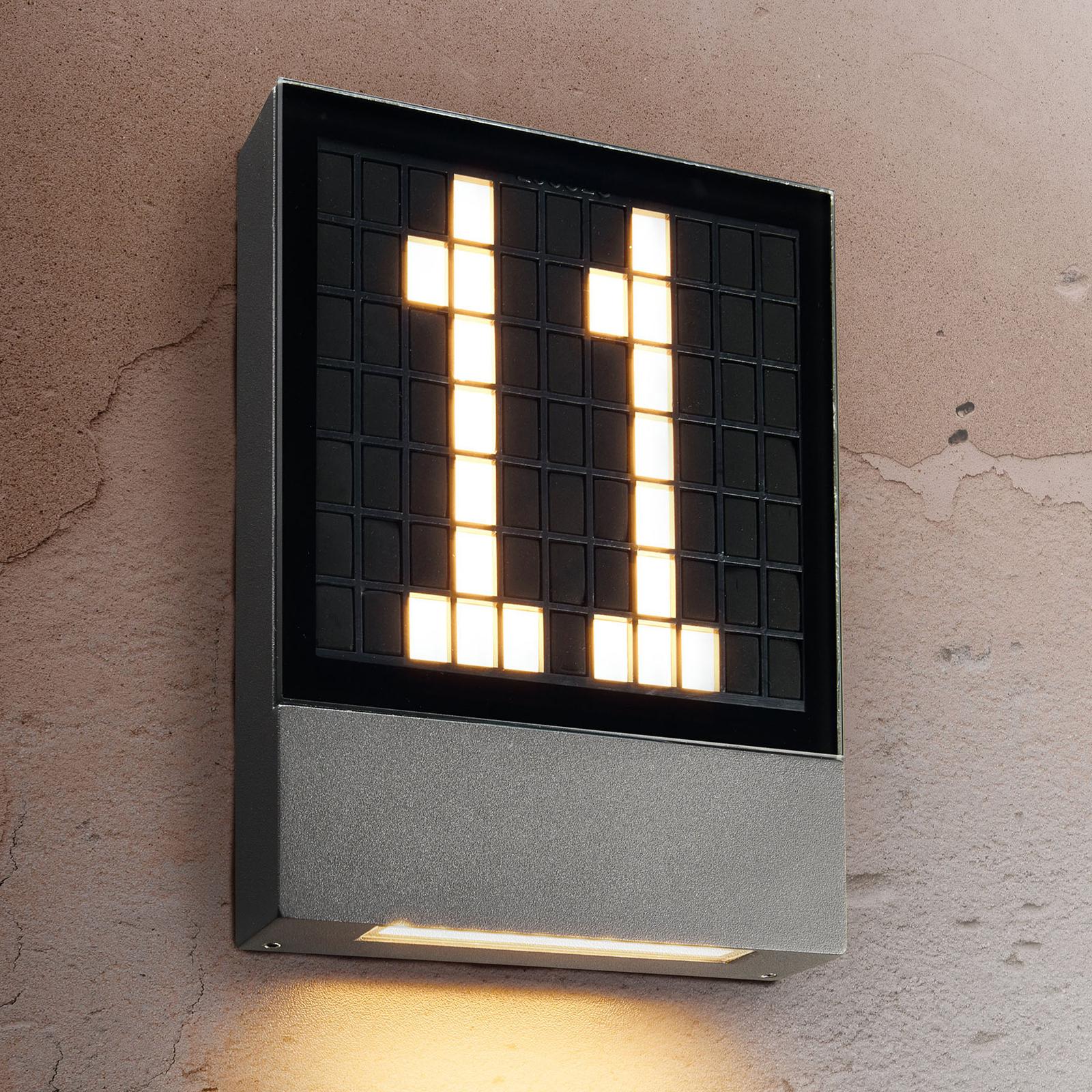 LED-talonnumerovalaisin Pavia, pistokejärjestelmä