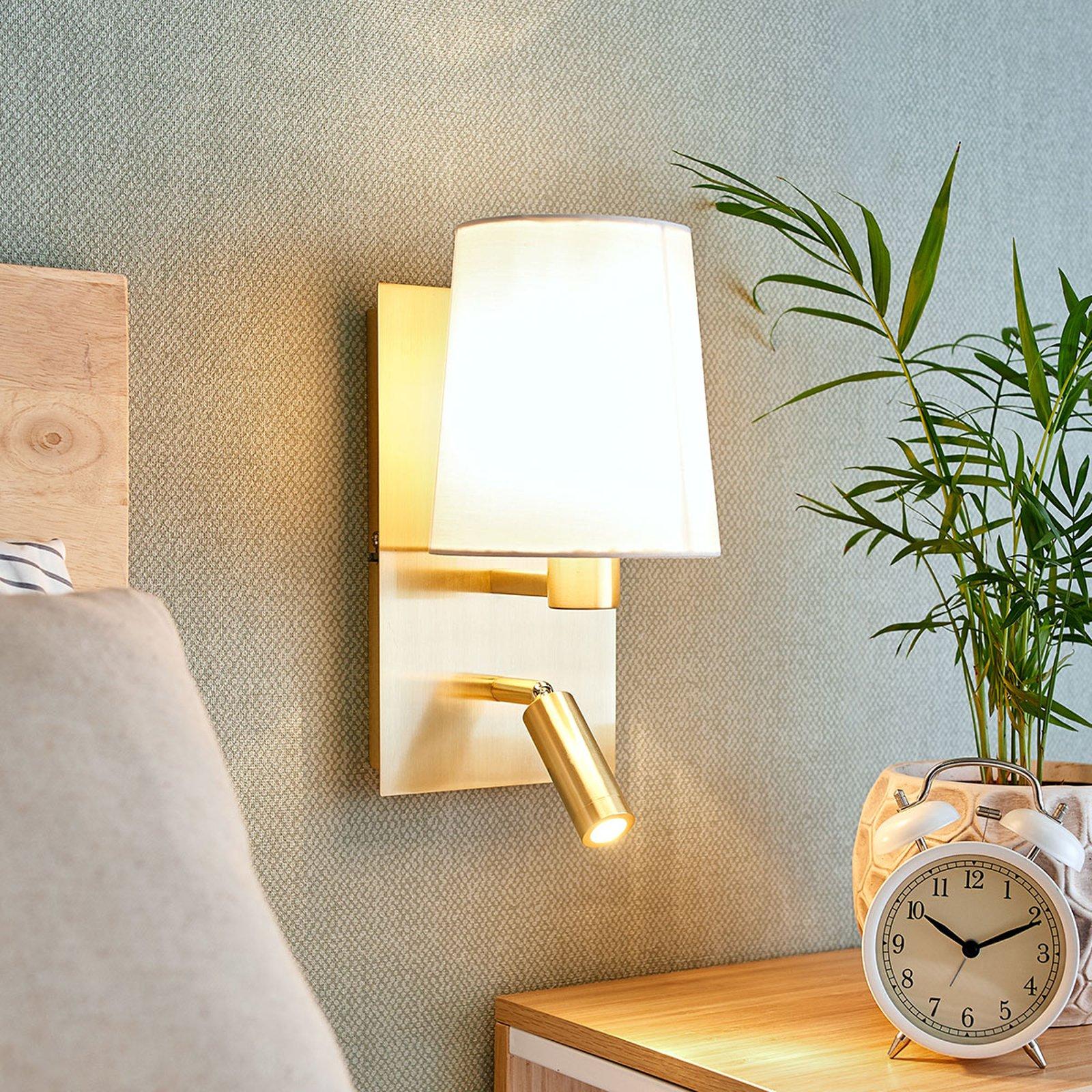 Vegglampe Aiden med LED-leselampe, hvit, messing