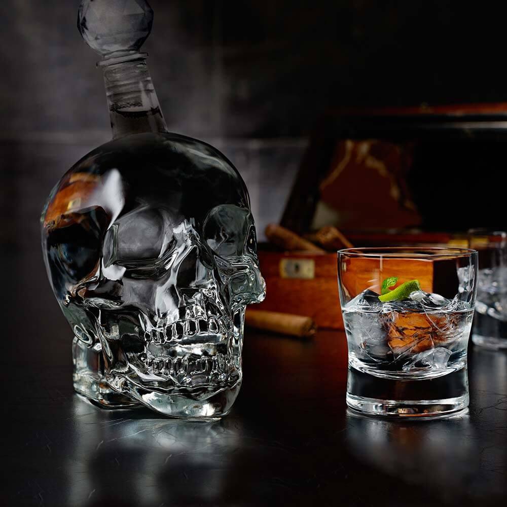 Skull Bottle - 1L (03846)