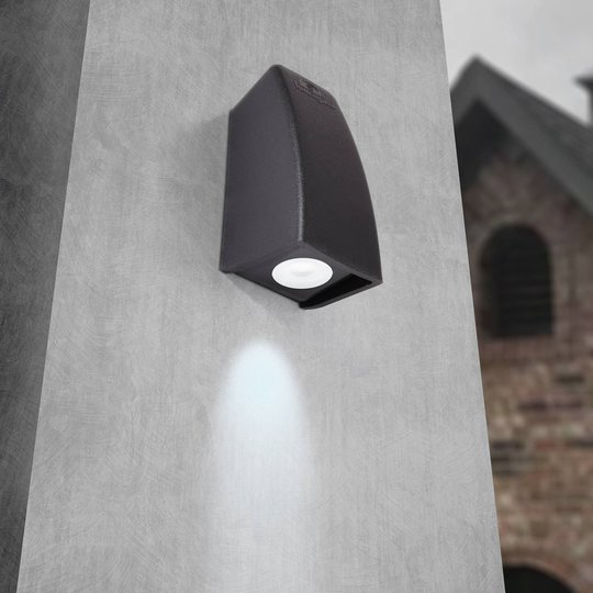 Utendørs LED-vegglampe Mamete 3 000 K kantet