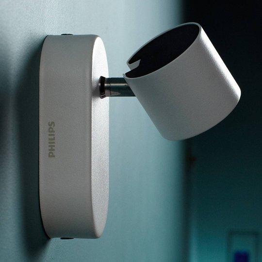 Valkoinen Star-LED-seinävalaisin, käännettävä