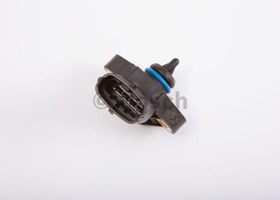 Sensori, öljylämpötila/-paine BOSCH 0 281 006 123