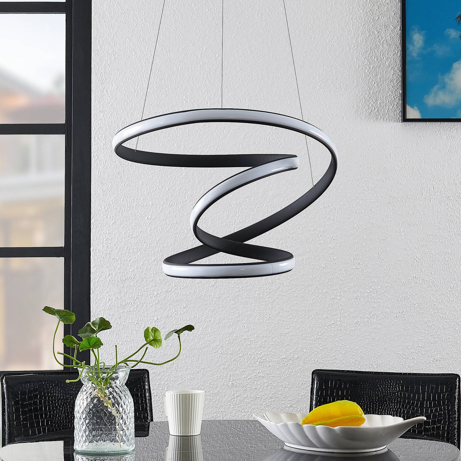 Lucande Sakina -LED-riippuvalaisin Ø 48 cm
