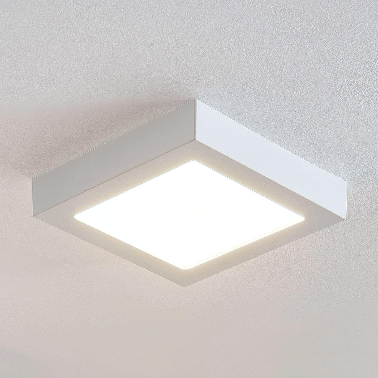 LED-taklampe Marlo, hvit, 3 000 K kantet 23,1 cm