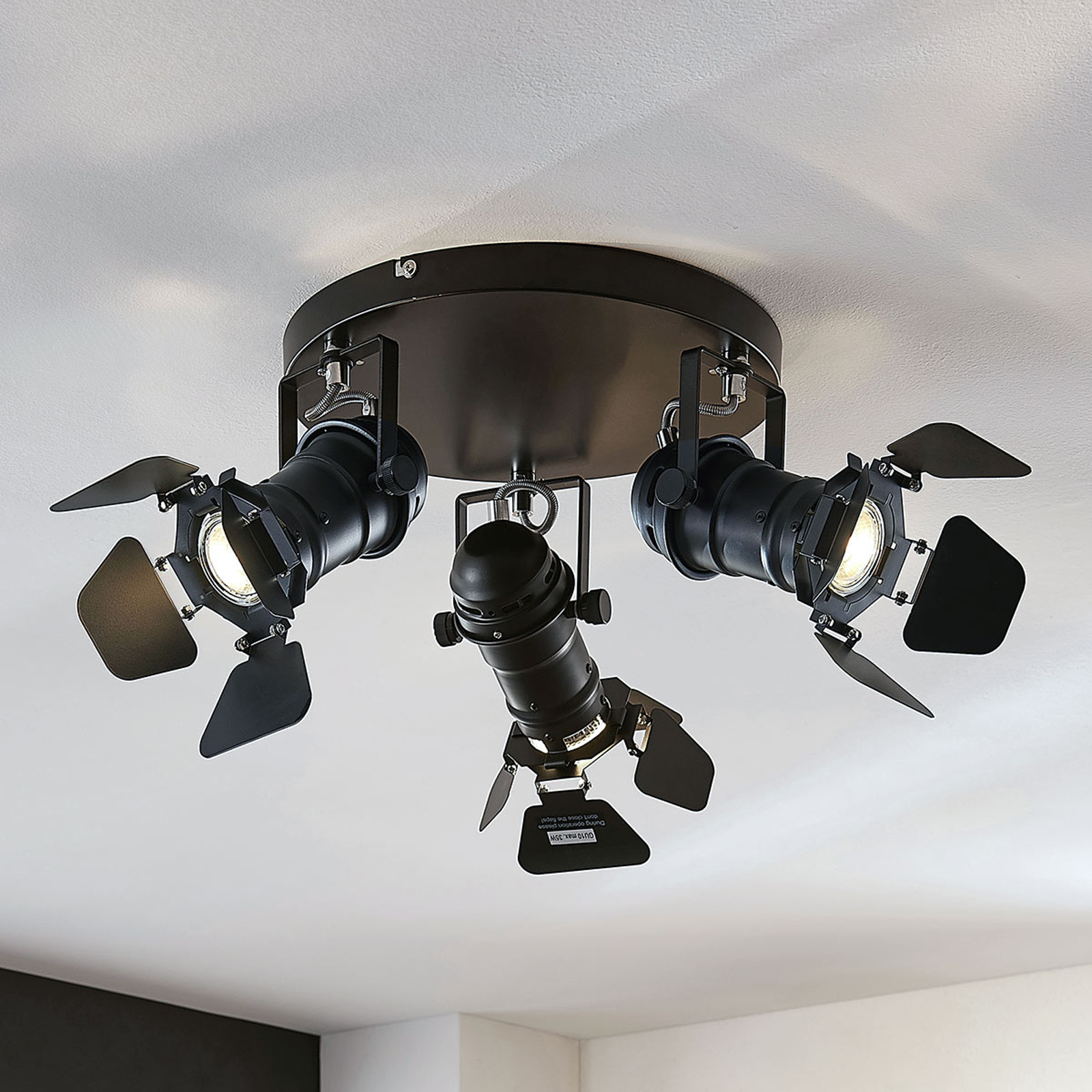 Spottiplafondi Tilen 3-lamppuinen valonheitintyyli