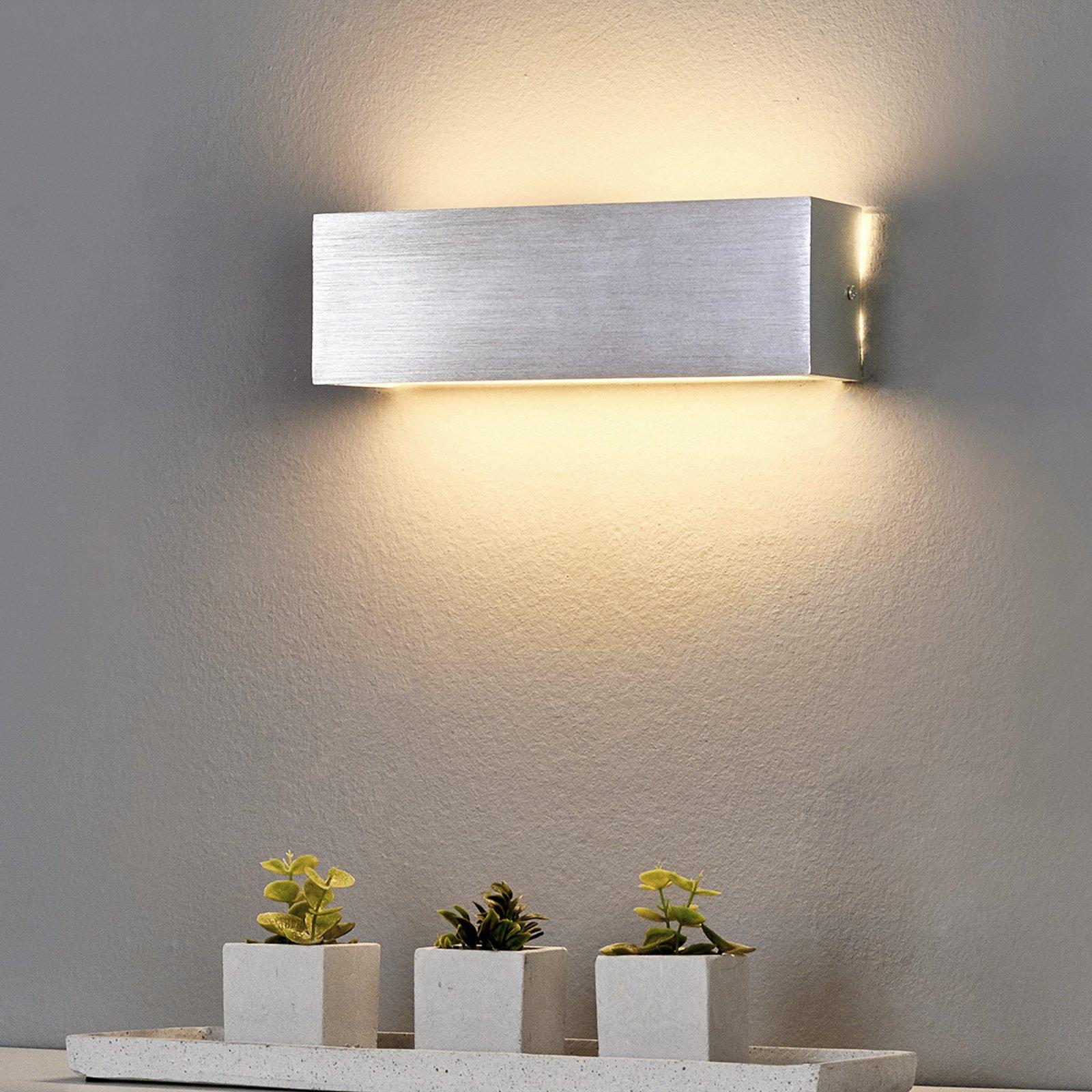 Kantet LED-vegglampe Ranik av aluminium