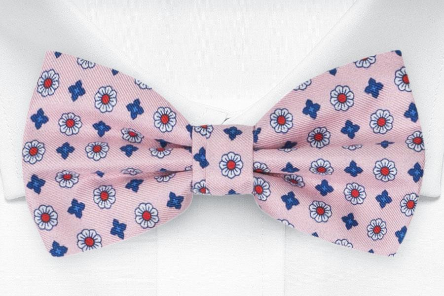 Silke Sløyfer Knyttede, Små stiliserte blomster på rosa, Rosa, Blomstermotiv