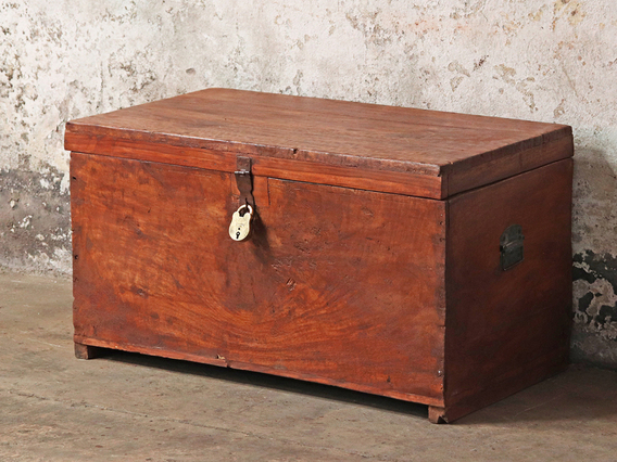 Large Rustic Storage Chest Brown