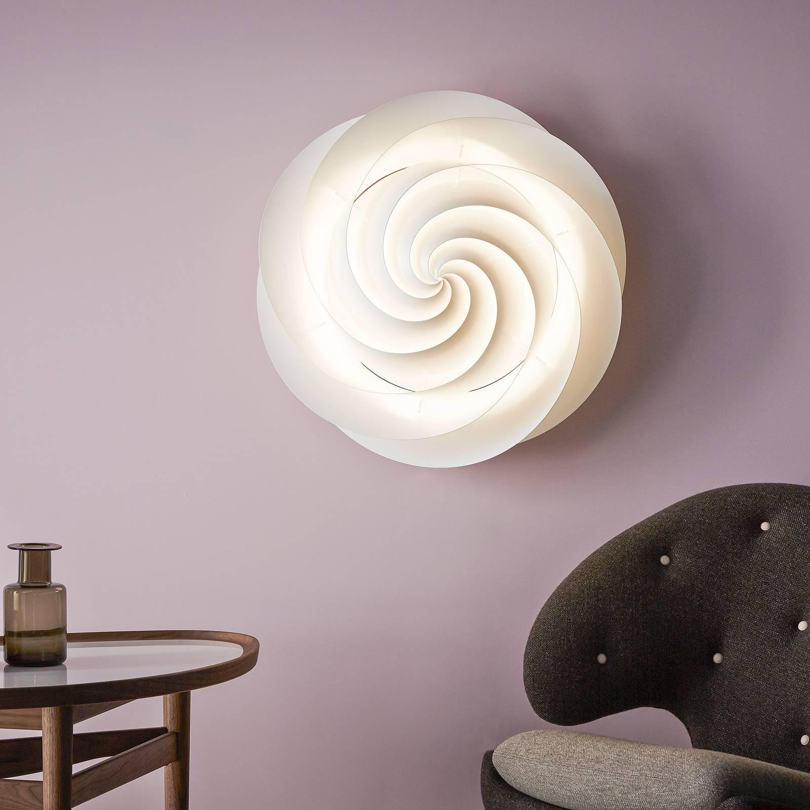 LE KLINT Swirl Small -seinävalaisin, valkoinen