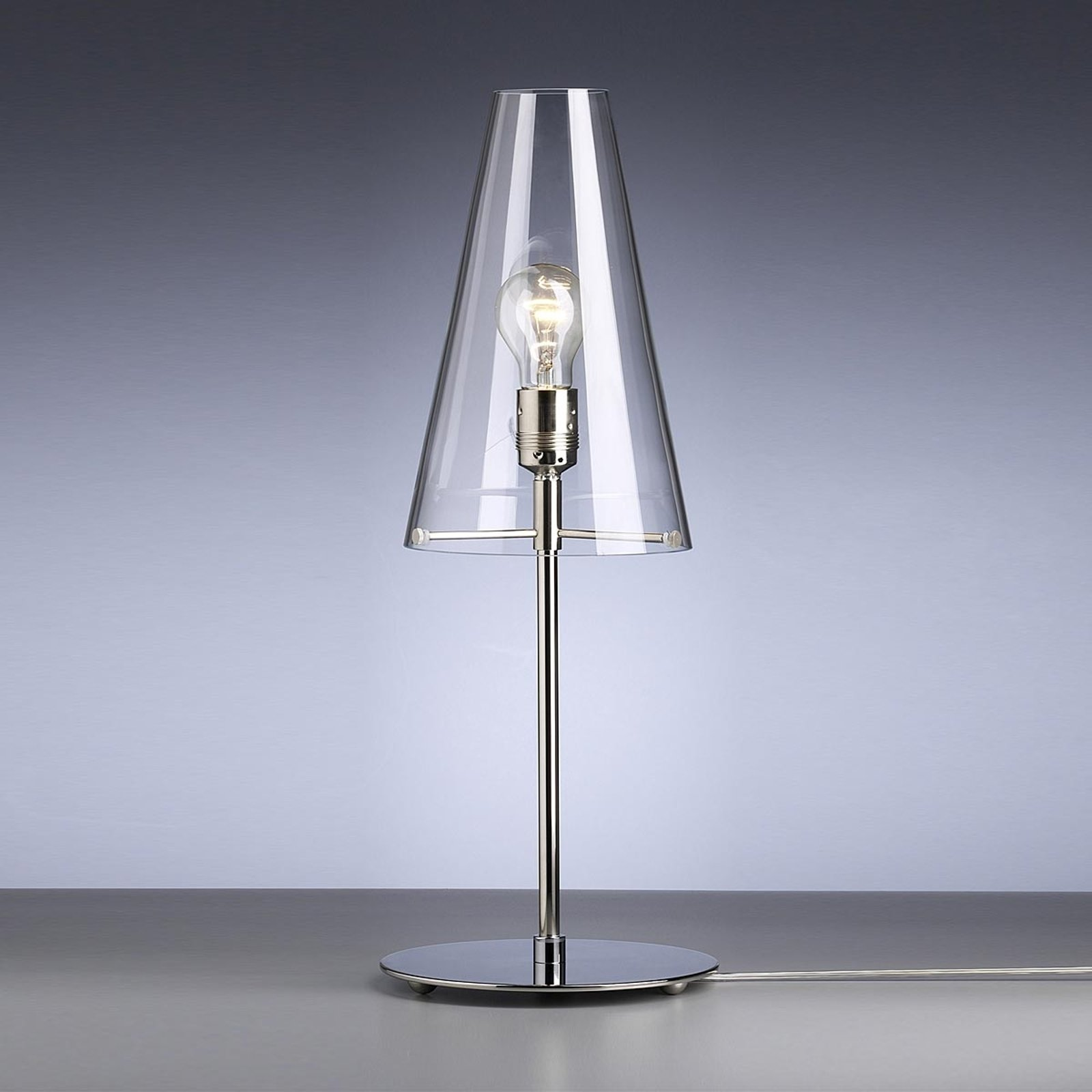 Bordlampe av Walter Schnepel klar