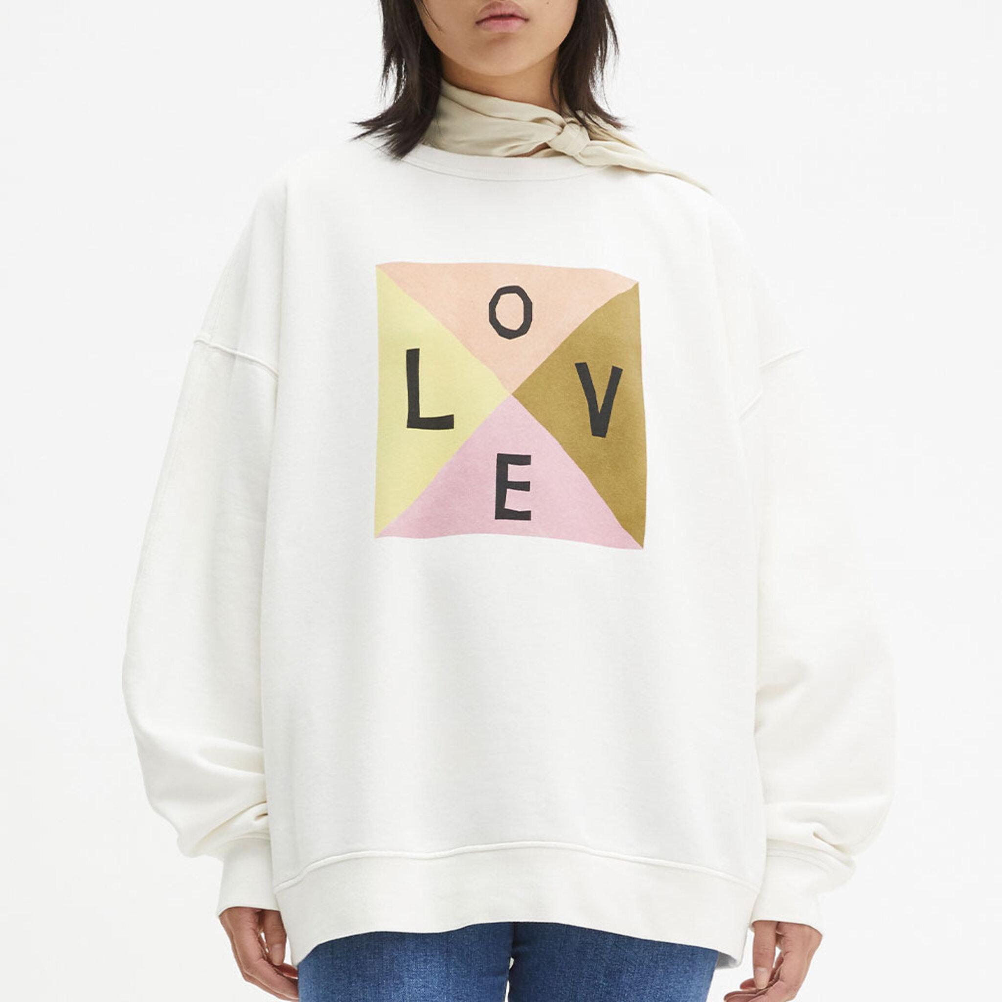 Iwa Love