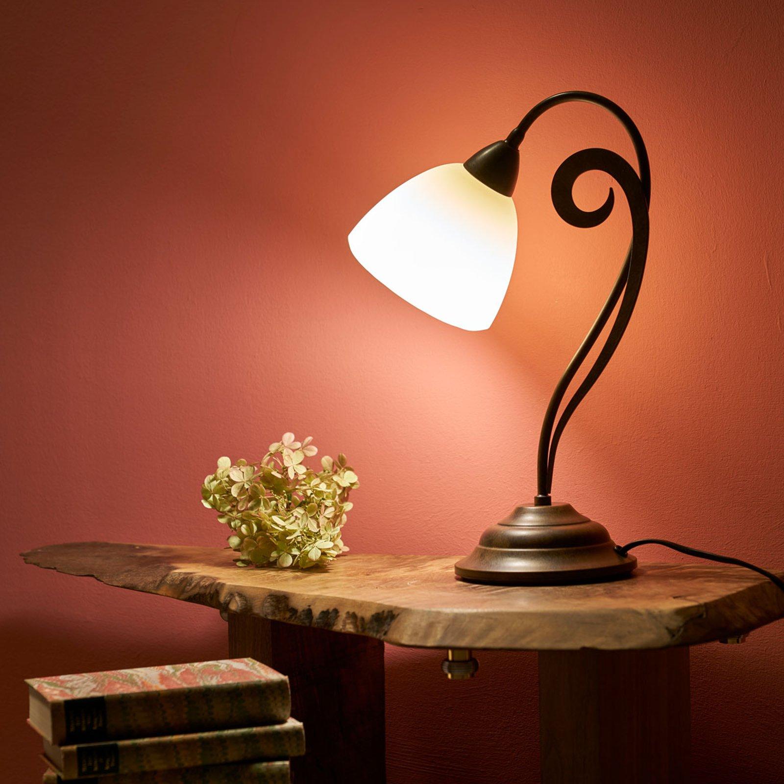 Luca - velformet bordlampe i landlig stil