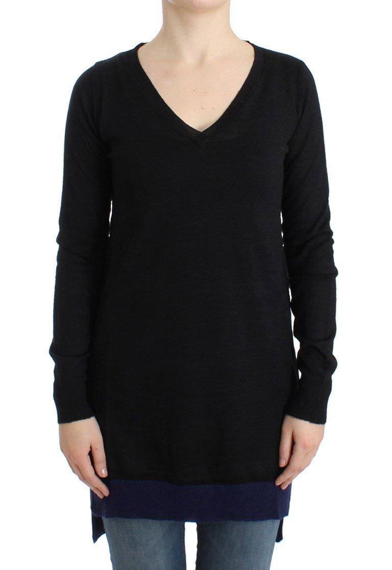 Costume National Women's V-neck Lightweight Sweater Black SIG12053 - M