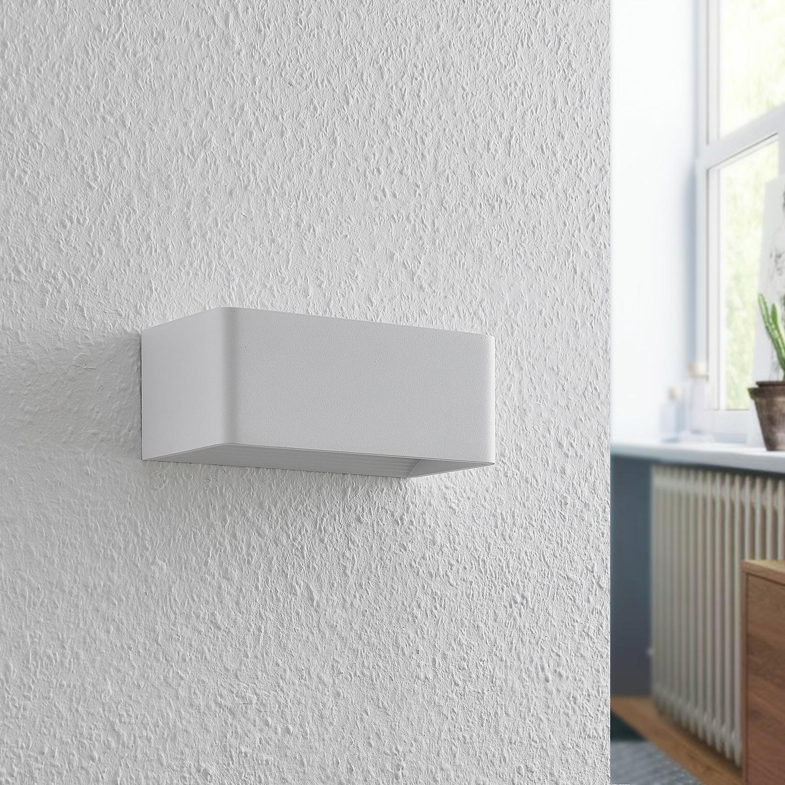 Arcchio Karam -LED-seinävalaisin, 20 cm, valkoinen