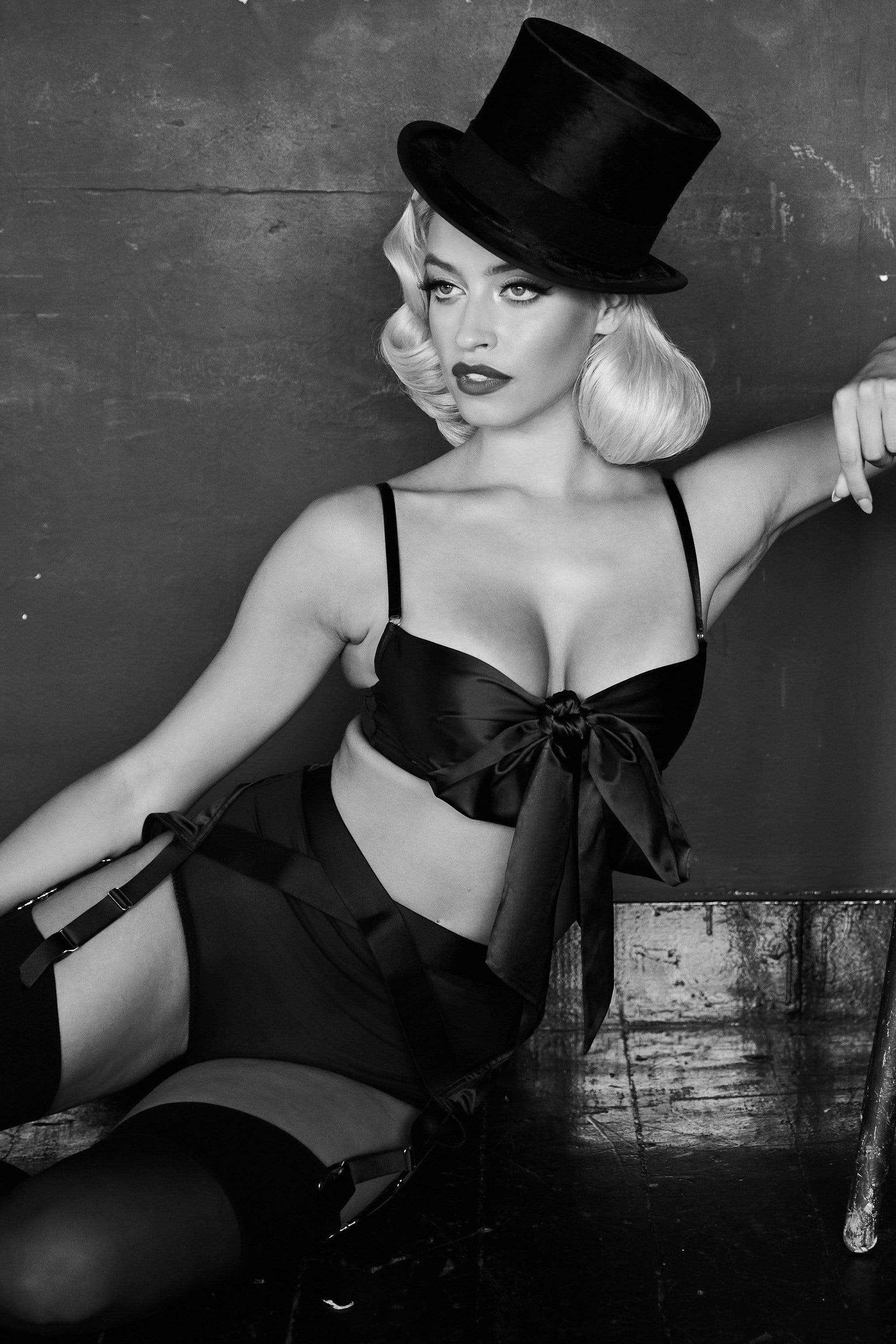 Kiss Me deadly x Playful Promises Yva Black Bow Front Bra 36FF