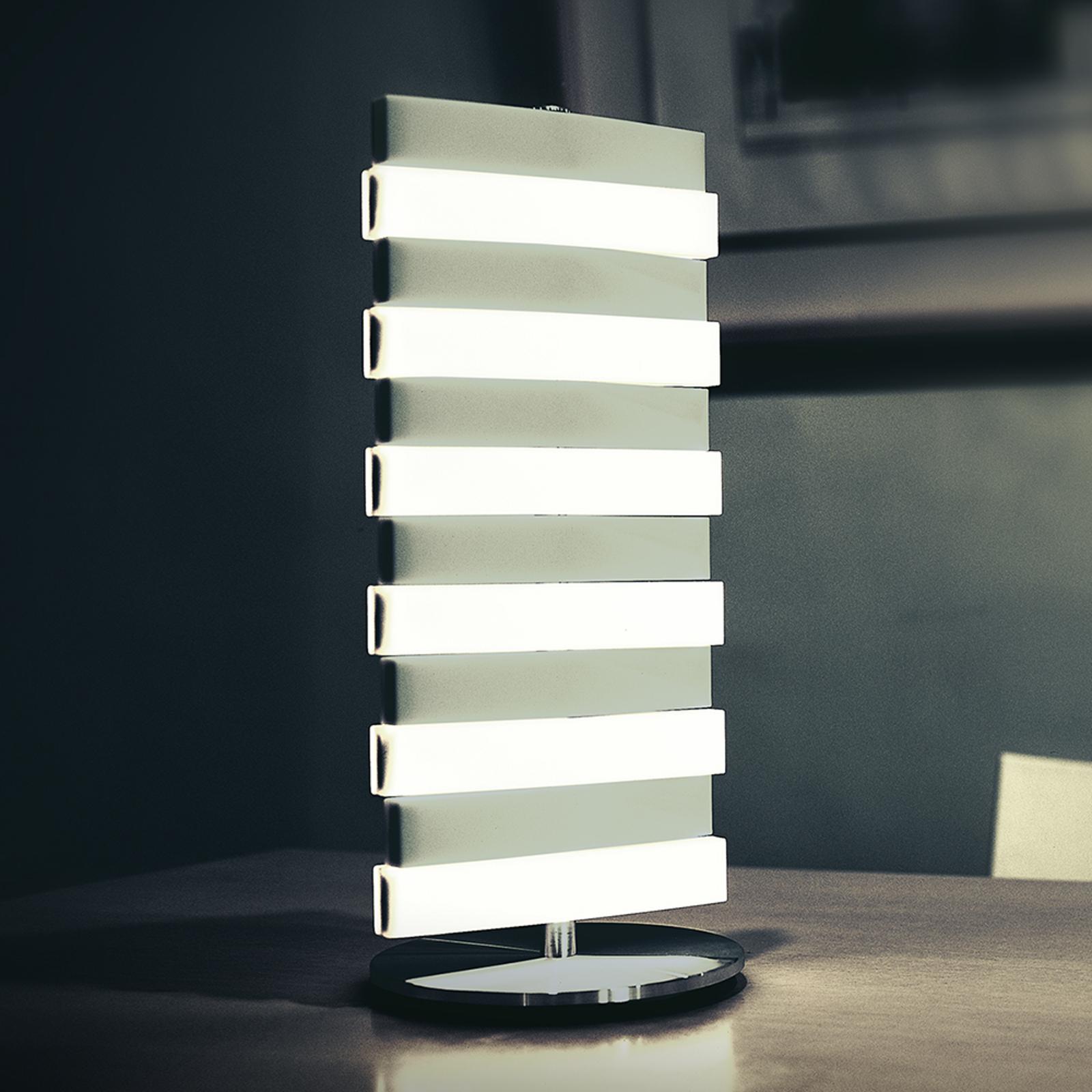 LED-pöytävalaisin Piano