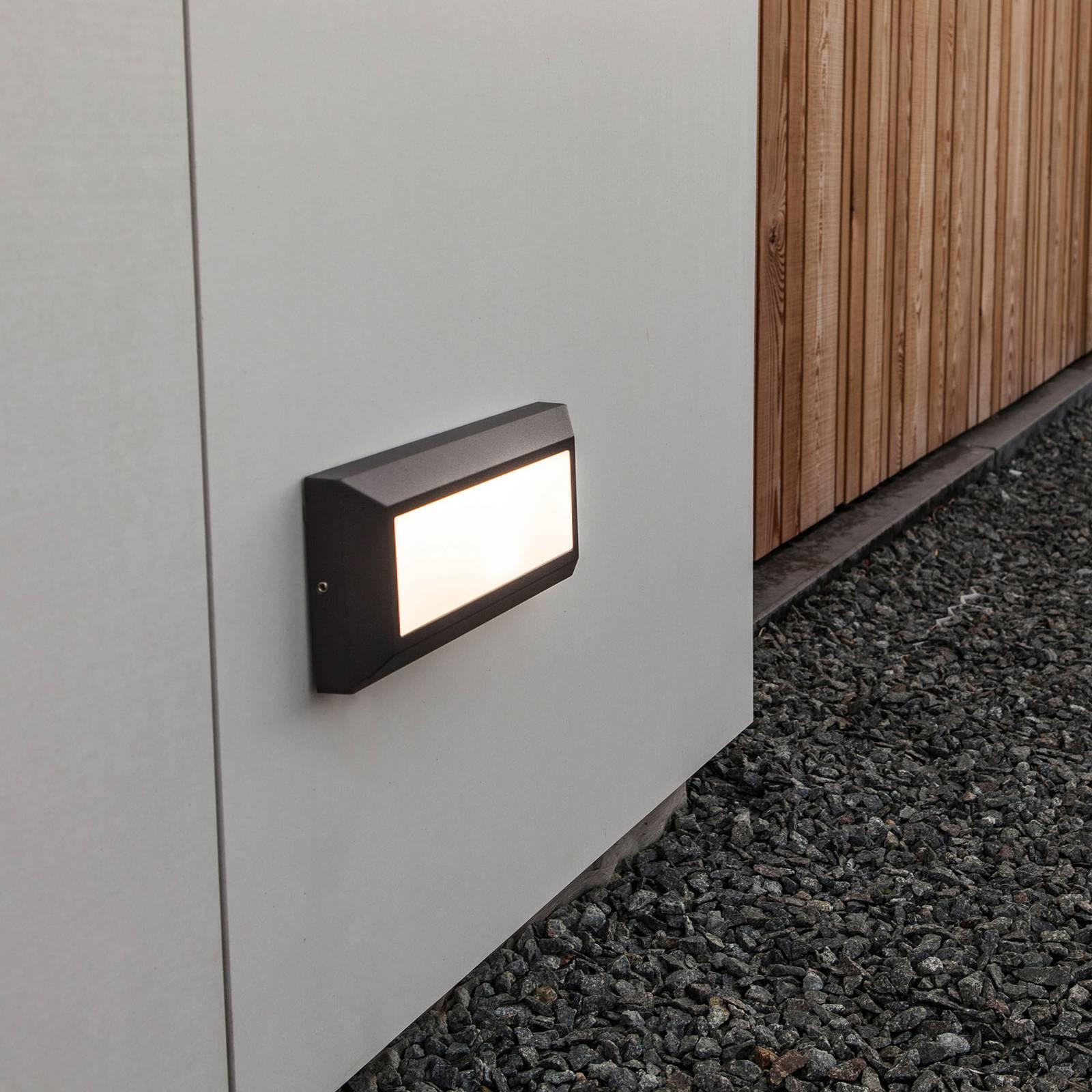 LED-ulkoseinälamppu Helena, tasomainen valaistus