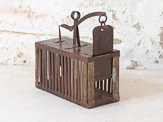 Vintage Mouse Trap Black