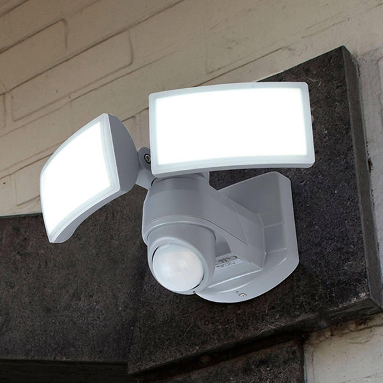 LED-ulkoseinäspotti Arc, tunnistin, valkoinen
