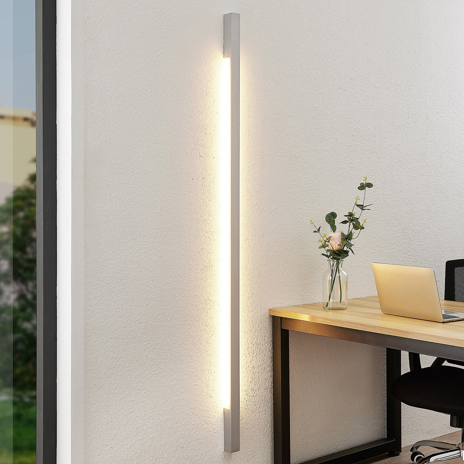 Arcchio Ivano LED-vegglampe, 170 cm, alu