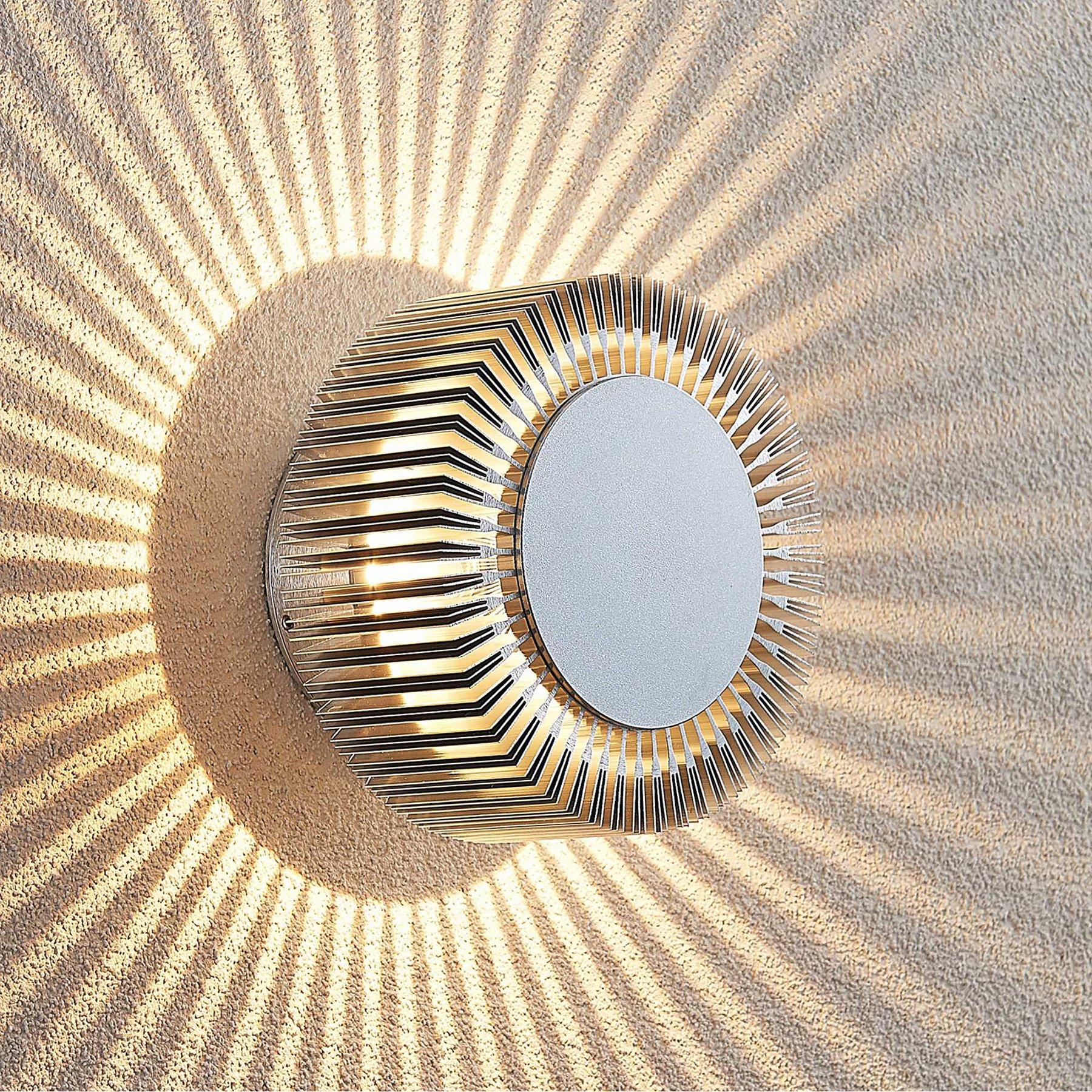 Lucande Keany utendørs LED-vegglampe, lyskrans
