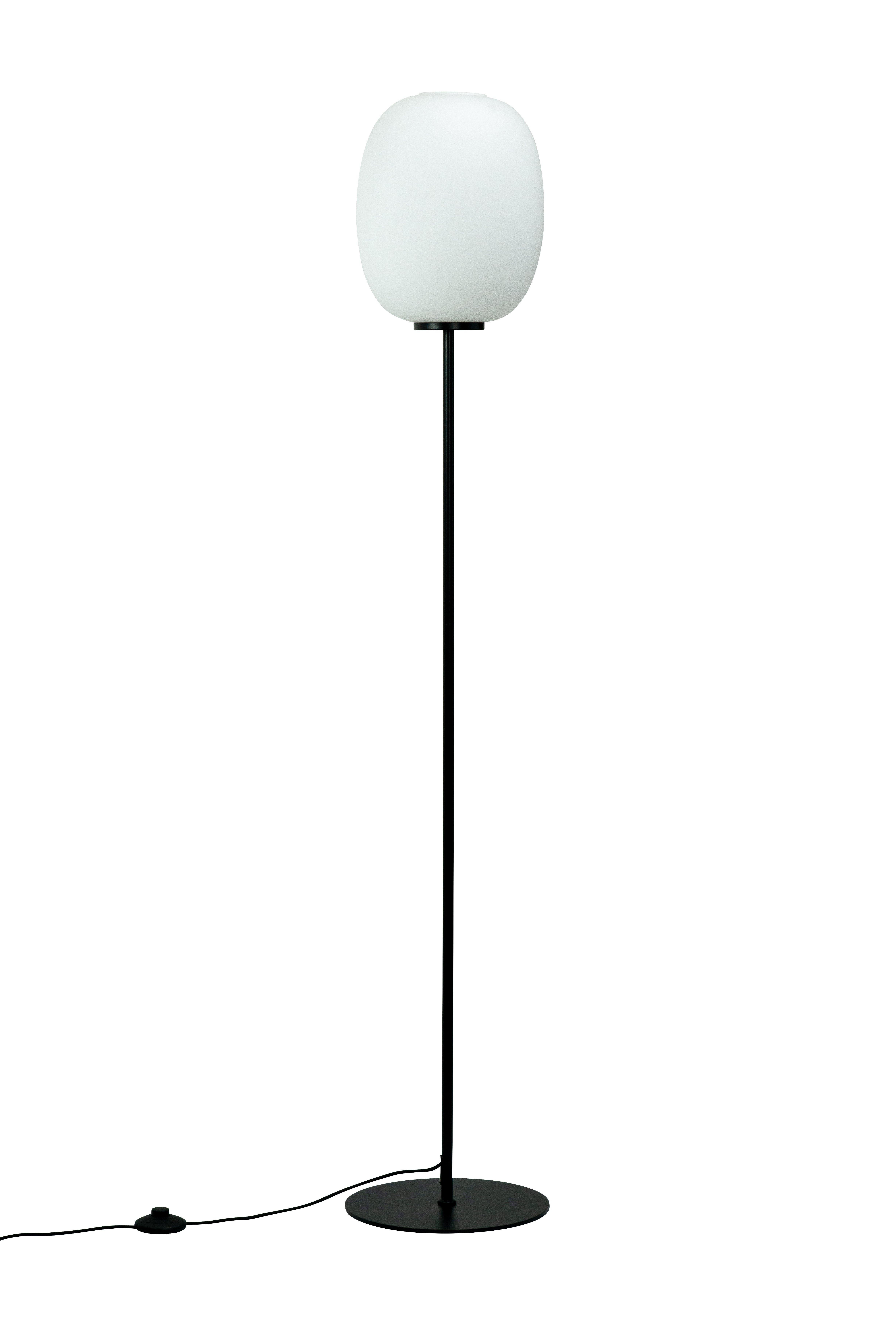 Dyberg-Larsen - DL39 Opal Floor Lamp - Opal With Black Base (8096)
