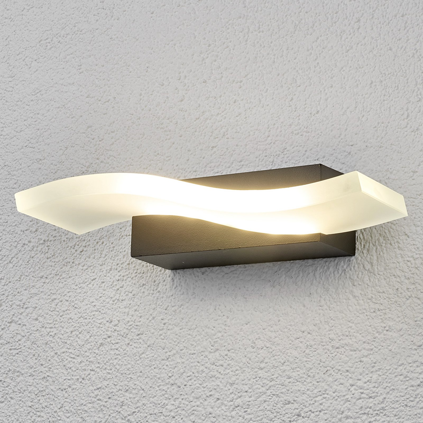 Bølgeformet LED-utevegglampe Jirka