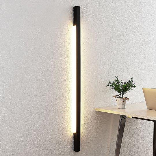 Arcchio Ivano -LED-seinävalaisin 130 cm, musta