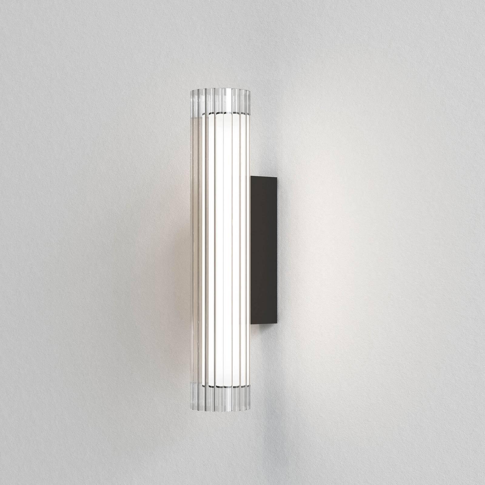 Astro io Wall LED-vegglampe IP44, svart, 42 cm