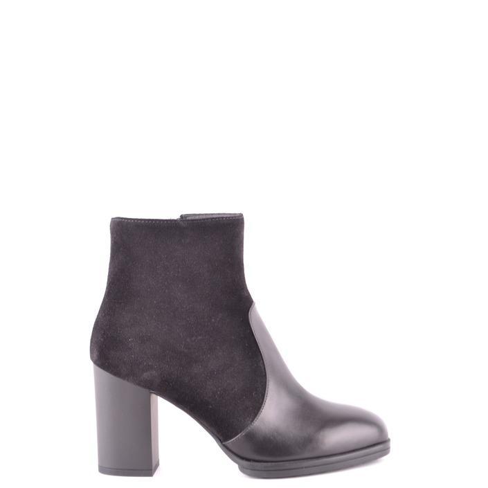 Tod`s Women's Boots Black 166298 - black 35