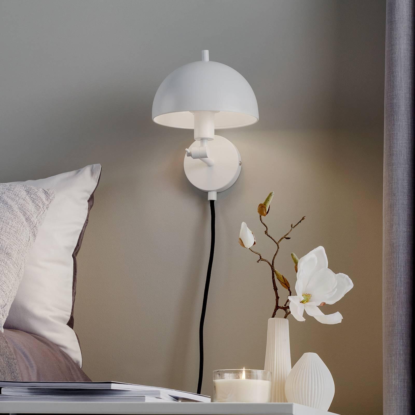 Schöner Wohnen Kia -seinälamppu, valkoinen